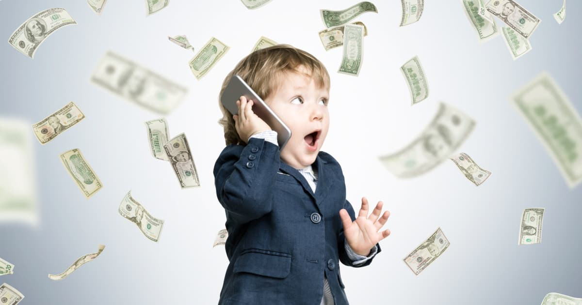 529s savings accounts advice - image of little boy with money flying everywhere