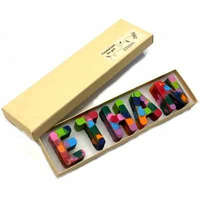 Weekend & Family Friday: Rainbow Name Crayons