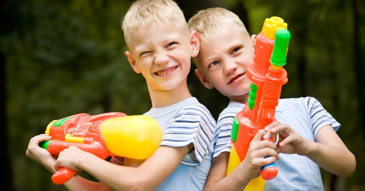 working moms discuss whether they let their kids play with water guns or other gun toys