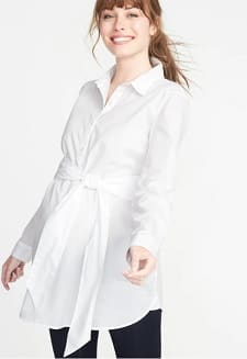 e4261223 I like this shirt as a maternity version of the crisp white button-down.  (As I was writing that, it occurred to me that since having a child, ...