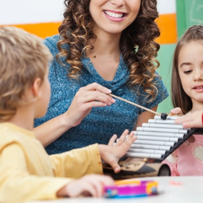 Working Moms' Tips on How to Manage Au Pairs